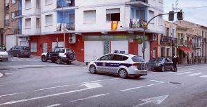 Control de la Policía Local situado en la intersección de calle Ordoñez y calle Teniente Flomesta