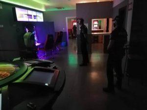 Policía Local de Calasparra controlado el acceso a menores y medidas de seguridad, ante el riesgo de posibles rebrotes.